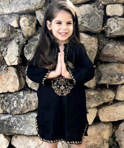 abalulu girls galabia holly black dresses with gold embroidery . אבלולו גלבייה שחורה לילדה עם רקמה בזהב